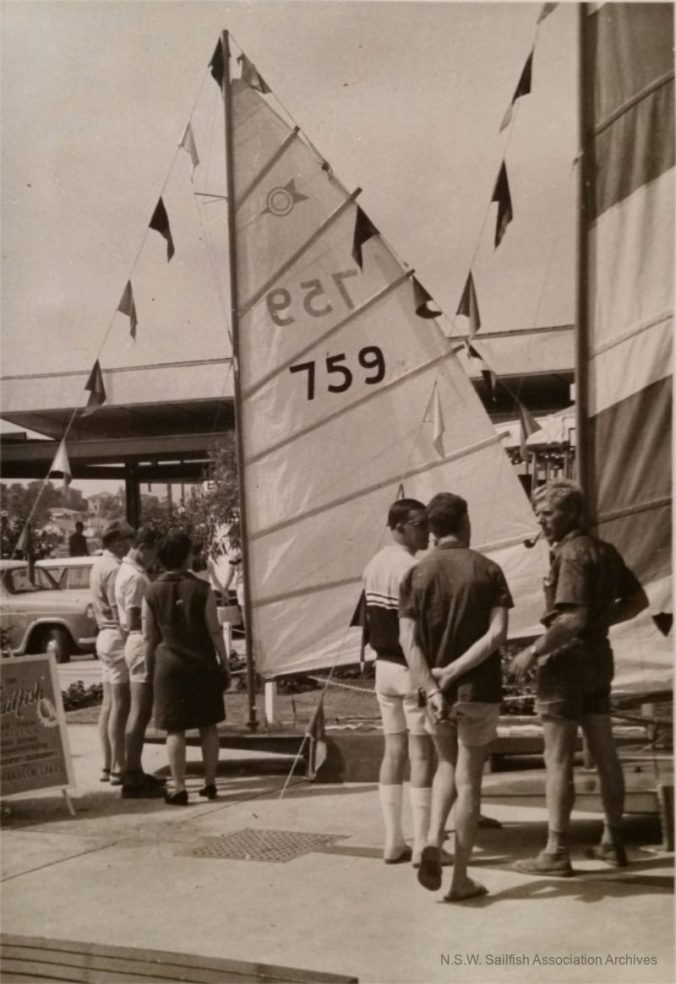 WarringahMallBoatShow_759_CrpSiz_sm.jpg